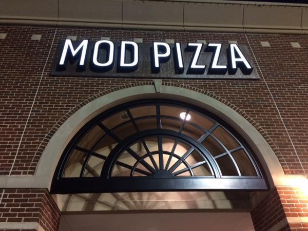 MOD Pizza - San Felipe.jpg